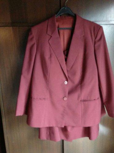 Komplet bordo boje,suknja,sako,bluza. Sako i suknja odgovaraju - Belgrade