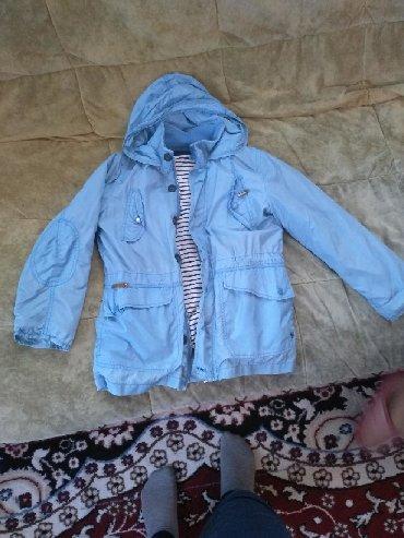 Верхняя одежда в Каинды: Ветровка на девочку 7. 8лет. Состояние хорошее