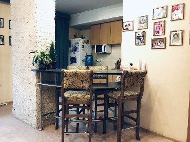 вип-квартира в Кыргызстан: Продается квартира: 3 комнаты, 68 кв. м
