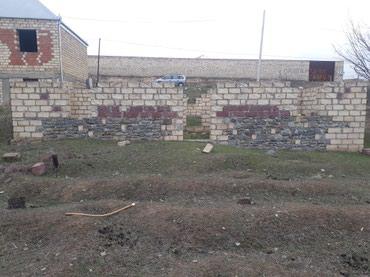 Gəncə şəhərində Gülüstanda 14 məktəbdən 500 m aralı 6 sot torpaq sahəsi