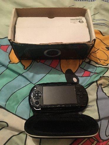 PSP (Sony PlayStation Portable) в Кыргызстан: Продаю PSP лучшая приставка для всех возрастов . В комплекте все есть