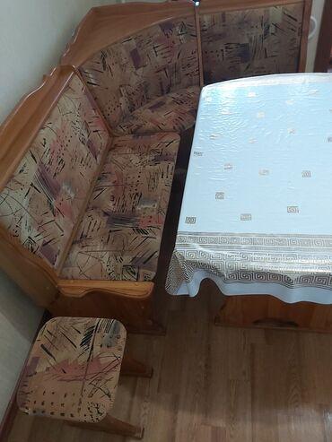 кухонный стол стулья в Кыргызстан: Отличное качество! Кухонный уголок из Карачевого дерева, 4 предмета