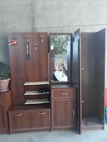 Дом и сад в Агстафа: Ayaqabi işqafi 200 manat uşaq mebelinin iki mertebeli kravati da var