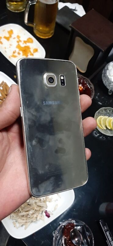 Samsung - Баку: Б/у Samsung Galaxy S6 Edge 32 ГБ Золотой