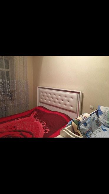 Culfa şəhərində Taxt satiram matrasla bir yerde 250 azn.