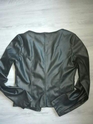 Italijanska-kozna-crna-jakna - Srbija: SNIZENI 50%-POVOLJNO-NOVI-Kratka kozna jakna Italijanska