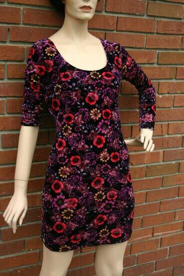 Haljine - Senta: Candie's haljina  Plisana haljina sa floral printom. Velicina L