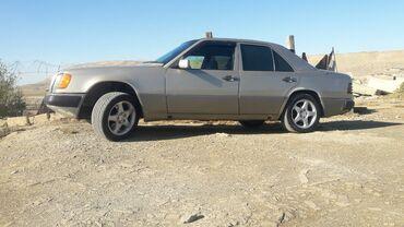 автомобиль на свадьбу в Азербайджан: Mercedes-Benz E 200 2 л. 1992 | 447000 км