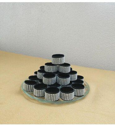 Prstenovi za salvete ( za deblje i vece salvete) komad 35din. Prsten