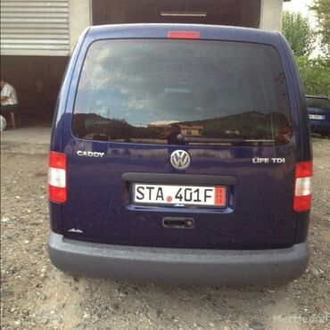 Volkswagen Caddy 1.9 l. 2005 | 177000 km