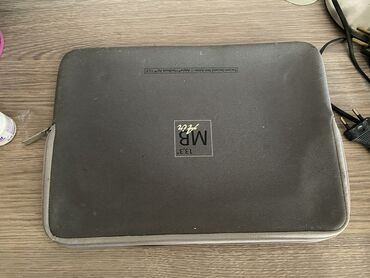 Электроника - Лебединовка: Продаю Macbook Air (2008). В комплекте: чехол, зарядка
