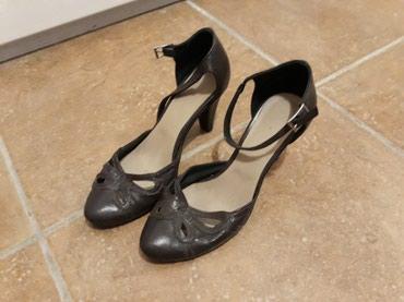 Zenske,kozne sandale...br 36 izuzetno udobne,par puta obuvene,kao - Pozarevac