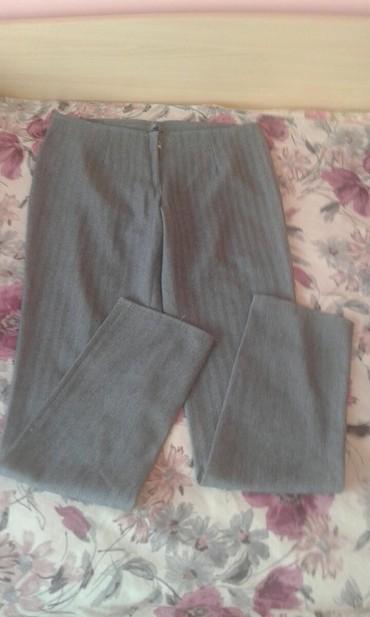 Svecane pantalone - Srbija: Zenske pantalone velicina 40! Jako malo nosene kao nove za svecane