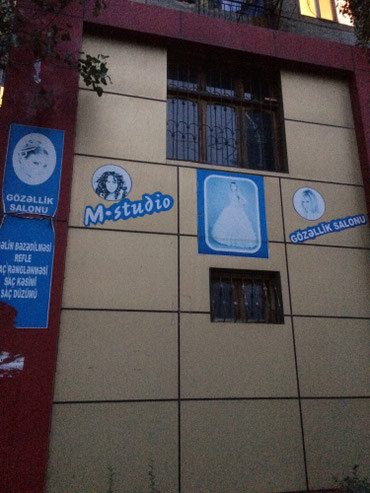 Bakı şəhərində Abyekt 3 otaqdan ibaret , salon , ofis, kafe, maqazin,aptek kimi