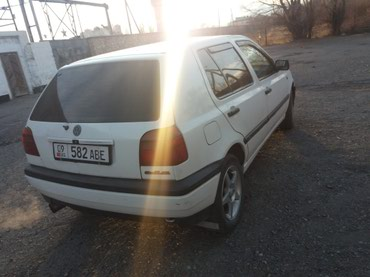 Volkswagen Golf 1993 в Балыкчи