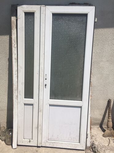 Двустворчатые двери производства европласт, б/у сделано из немецкого