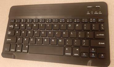 аккумулятор usb в Азербайджан: Bluetooth klaviatura. Təzədi. Yalnız bluetooth ilə qoşulur. Zaryatka