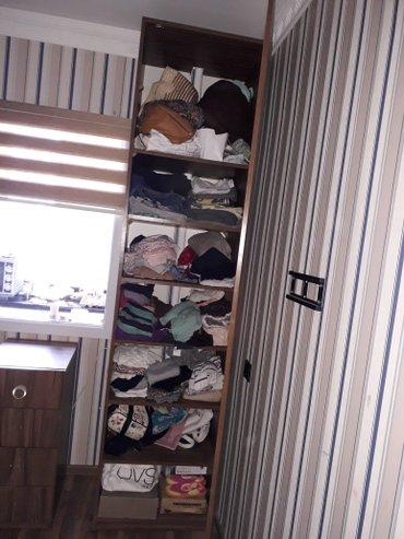 Bakı şəhərində кровати 2 с хранением для вещей одна больше другая меньше ...тумба и п