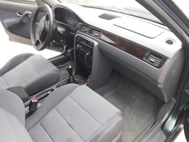 Транспорт - Кадамжай: Honda Civic 1.4 л. 1998   370 км