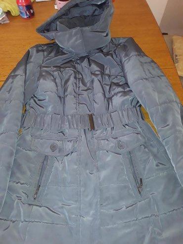 Zenska siva jakna xl nosena bez ostecenja