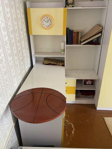 2206 объявлений: Комплект детской мебели, практически новая, кровать ни разу не