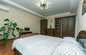 Посутосно двух комнатная квартира. в Бишкек