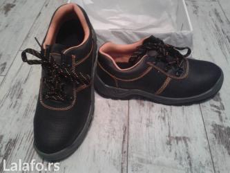 Potpuno nove radne cipele broj: 42 ne propustaju vodu - Backa Palanka
