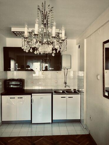 Apartment for rent: Studio-stan, 30 kv. m sq. m., Novi Sad