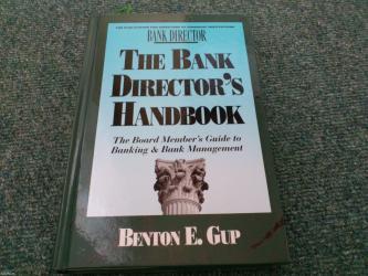 East th - Srbija: Naslov: the bank director`s handbook: the board member`s guide to