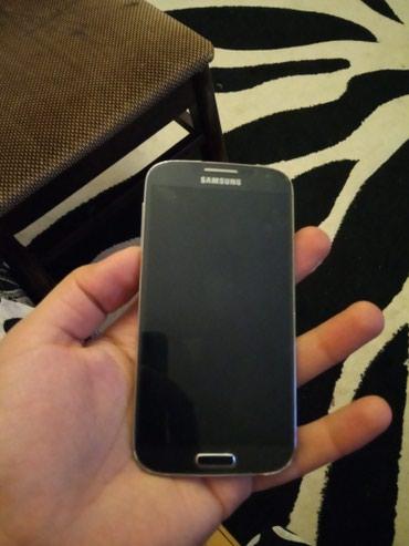 Xırdalan şəhərində Samsung S4 GTi9500 hərşeyi iwleyir. 2 Ram 16 yaddaş. telefondan