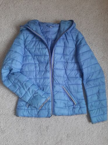 Prelepa plava jaknica skoro nova