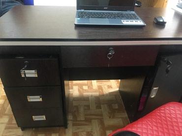 Продается офисный стол. Темный орех  в Бишкек