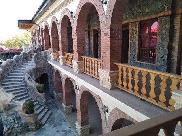 Restoranların, kafelərin satışı - Azərbaycan: Şəki şəhər,Şəkinin mərkəzində,Heydər əliyev parkının