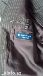 Qusar şəhərində 52 razmeri kanzler firmasının kostyumu. Kostyum az qəyinilib lakin