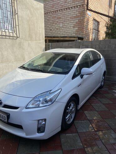 машины на продажу в Кыргызстан: Toyota Prius 1.8 л. 2010 | 193000 км