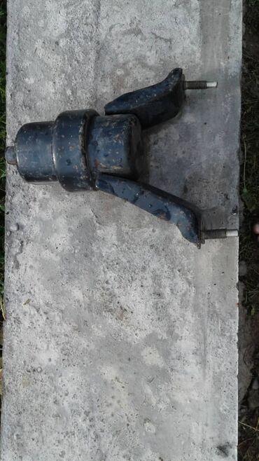 Продаю передняя подушка Камри 20 25 кузов 1000 сом