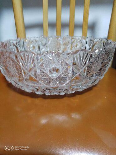 Антикварные вазы - Кыргызстан: Посуда на века! Продаю хрустальные вазы в отличном состоянии. Цены