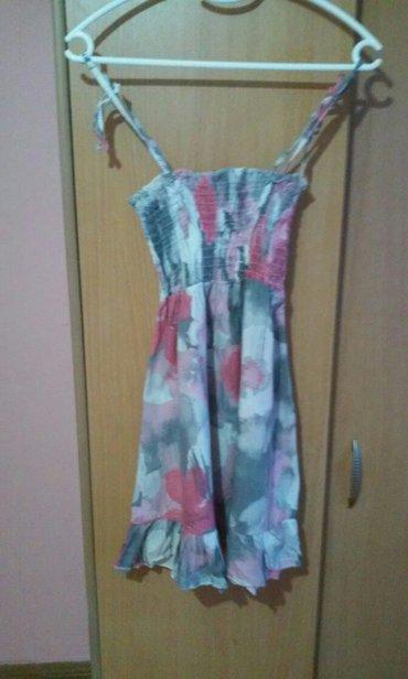 Stoji lepo - Srbija: Lepa haljinica,kratka univerzalna,savrseno stoji.veoma lep