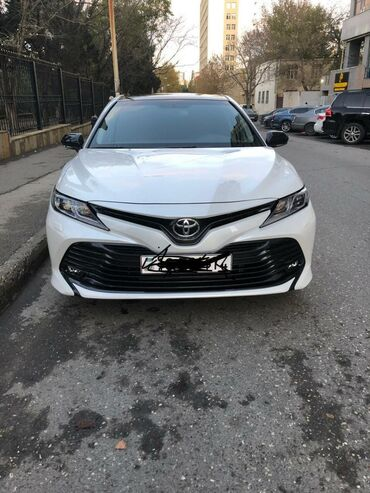 Toyota - Azərbaycan: Toyota Camry 2.5 l. 2019 | 20000 km