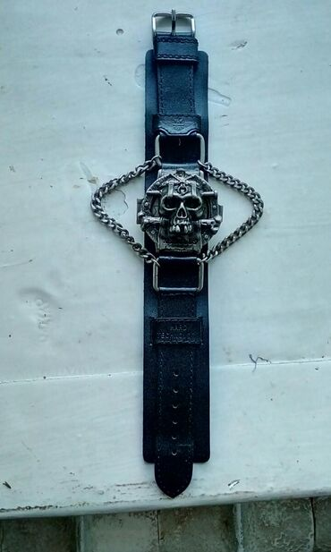 Часы производство Japan