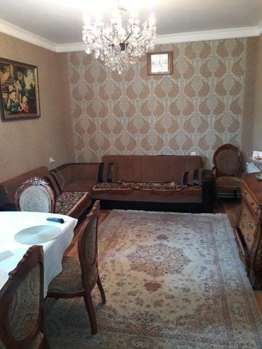 Bakı şəhərində Satış Evlər mülkiyyətçidən: 80 kv. m., 3 otaqlı