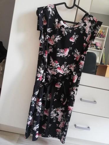 Caliope haljina, S veličina. Nošena jednom. Ima povez oko struka - Belgrade