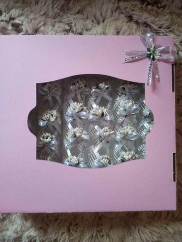 Prstenovi za salvete  U kutiji 6 kom 550 Po komadu 80