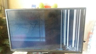 Продаю телевизор Samsung. Не рабочий показывает полосами. в Бишкек