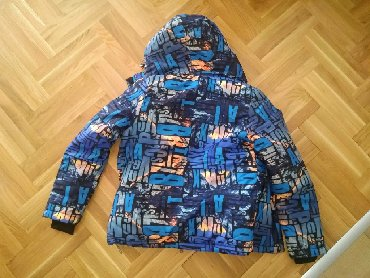 Ski jakna,veoma kvalitetna i topla, potpuno nova. Velicina M
