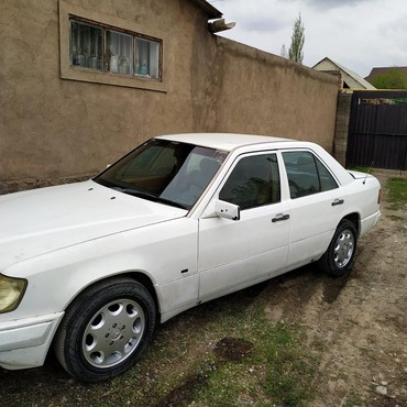Mercedes-Benz 260  в Бишкек