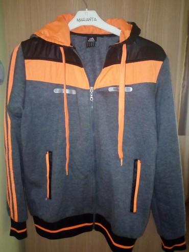 Muški Duksevi | Loznica: Adidas duks vel xl ali je manji model. Super je za prelazni period