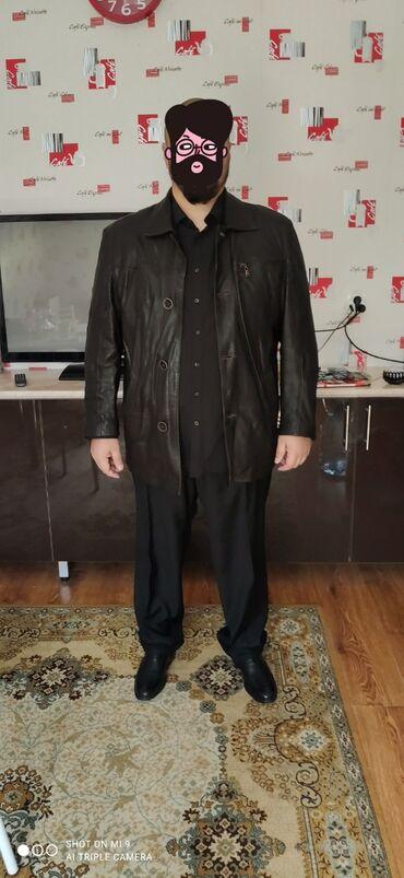 Срочно продам итальянскую кожаную куртку в идеальном состоянии темно