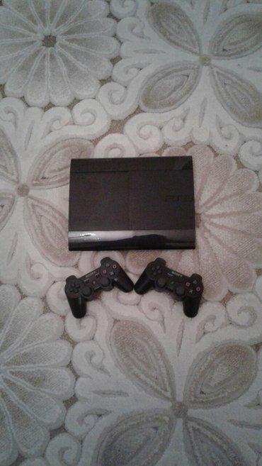 Bakı şəhərində Playstation 3 super slim..ev seraitinde islenib..hec bir problemi yoxd