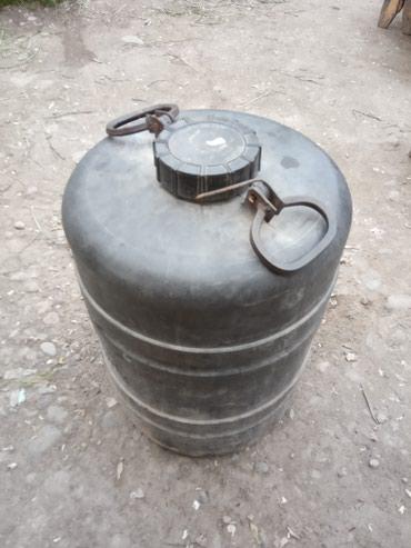 Баки и бочки - Кыргызстан: Саламатсызбы! 50литрлик бочка сатылат. Жакшы абалда,суу жана суюктук